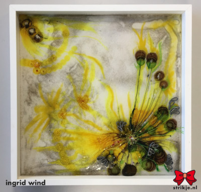 strikje yellow flower 50x50 acryl lagen